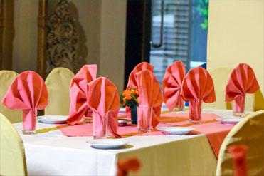 Table arrangements of Golden Grill Bentota