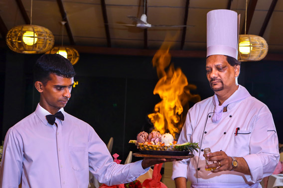 Roshan has returned to Golden Grill to take over the mantle of Master Chef and General Manger.