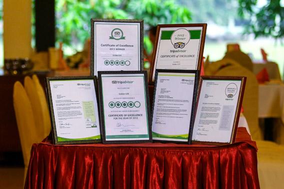 Certificates of Golden Grill Restaurant Bentota